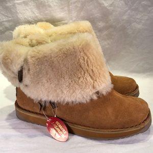 Women's Taramac Shearling Lined Tan Suede Boots